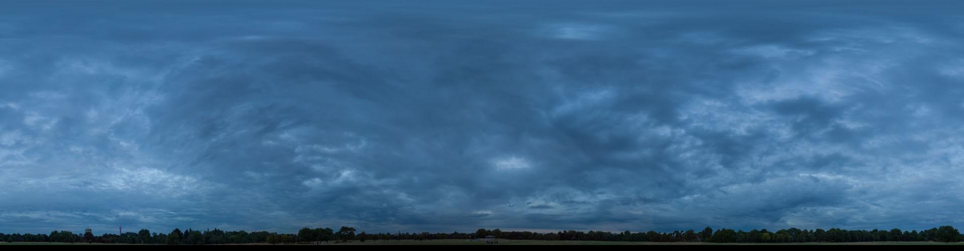 Blue Hour 2713 (58k)
