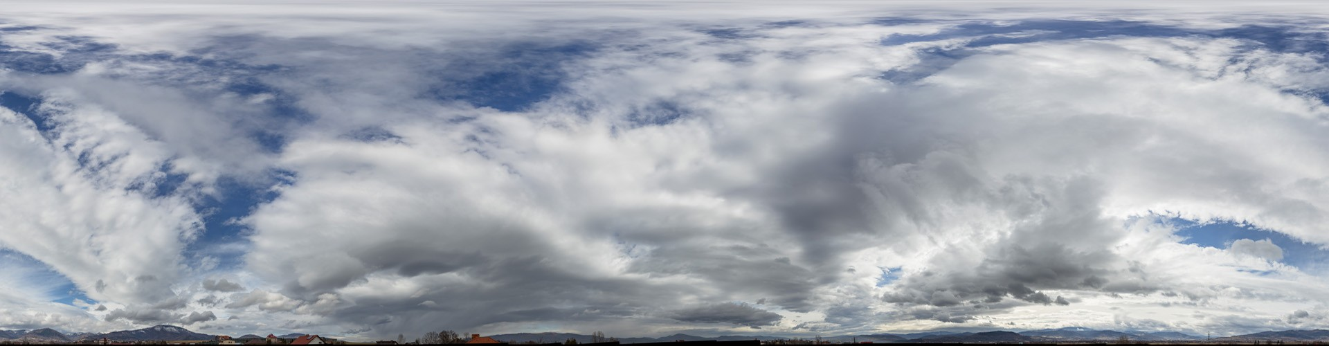 Cloudy Mountains 9032 (52k)
