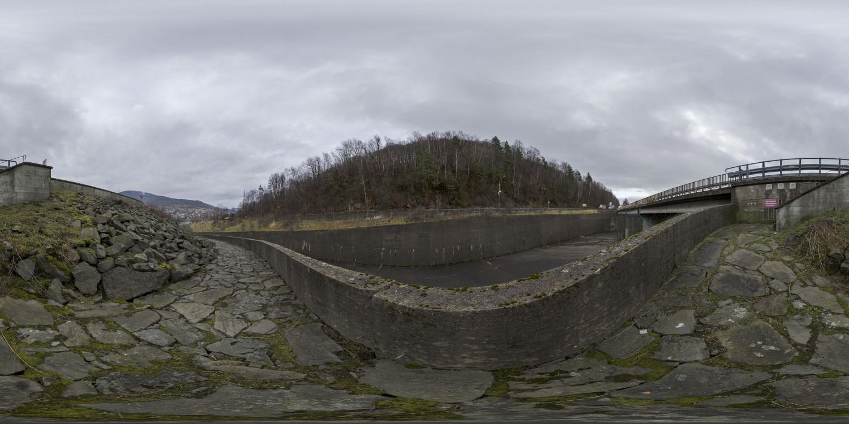 Dam 03 (30k) HDRI