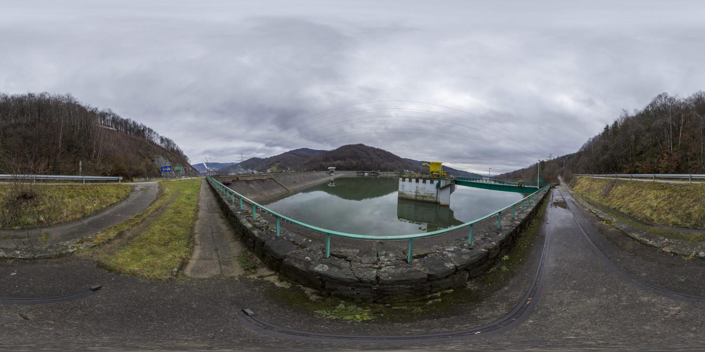 Dam 05 (30k) HDRI